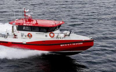 Dykkerbåten KB Storm er utstyrt med Hamilton HJ364 vannjet og manøversystemet Hamilton Blue Arrow.